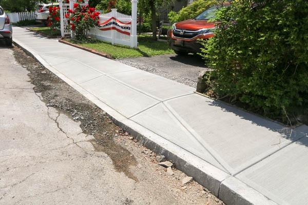 Decamp Ave Sidewalk complete